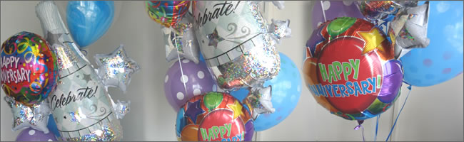Happy anniversary darling balloon bouquet gift item
